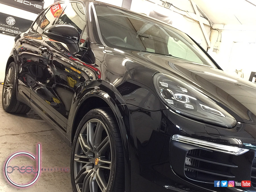 porsche cayenne platinum edition offset detailing. Black Bedroom Furniture Sets. Home Design Ideas